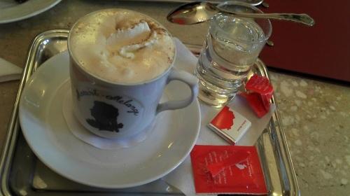 Mozart Kaffee im Cafe Mozart in Salzburg