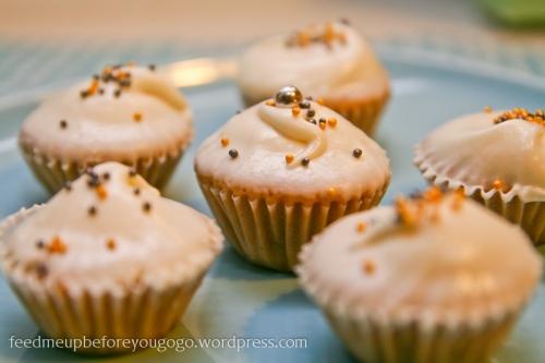 Chai-Tea-Mini-Cupcakes Rezept Martha Stewart