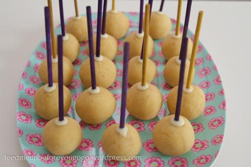 Cake Pops formen Rezept und Anleitung