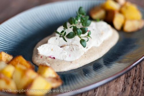 Hähnchenbrust mit Mandelsoße und scharfen Kartoffeln-2
