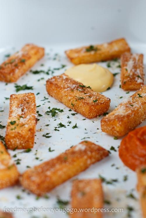 Polenta-Pommes mit Aioli und Tomaten-Apfel-Soße Rezept Feed me up before you go-go-3